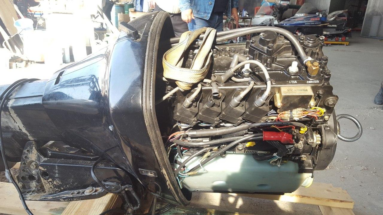 Мотор в полном разборе Mercury 115 2-х тактный