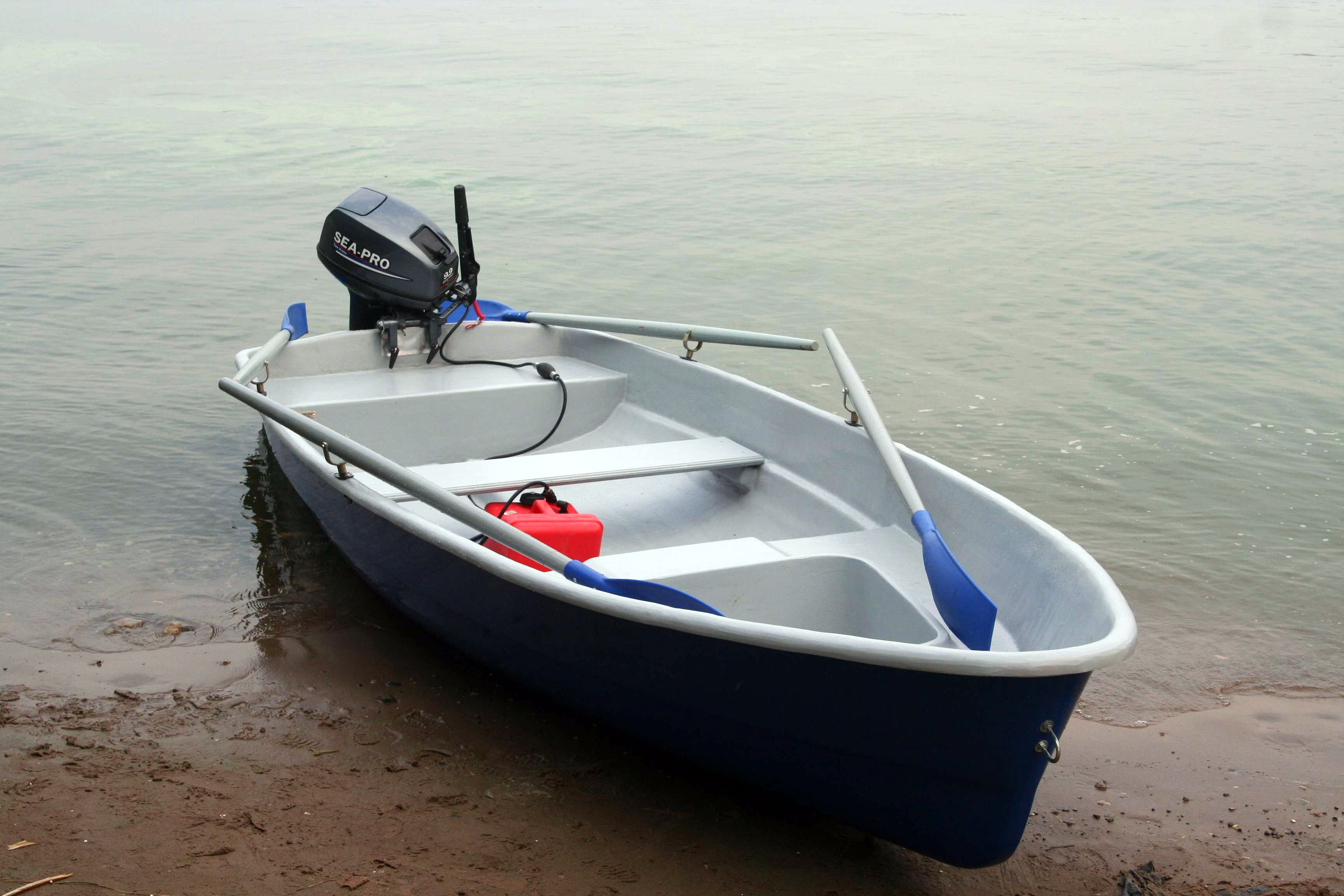Лодка волга